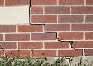 a foundation wall crack on a Palisade home.